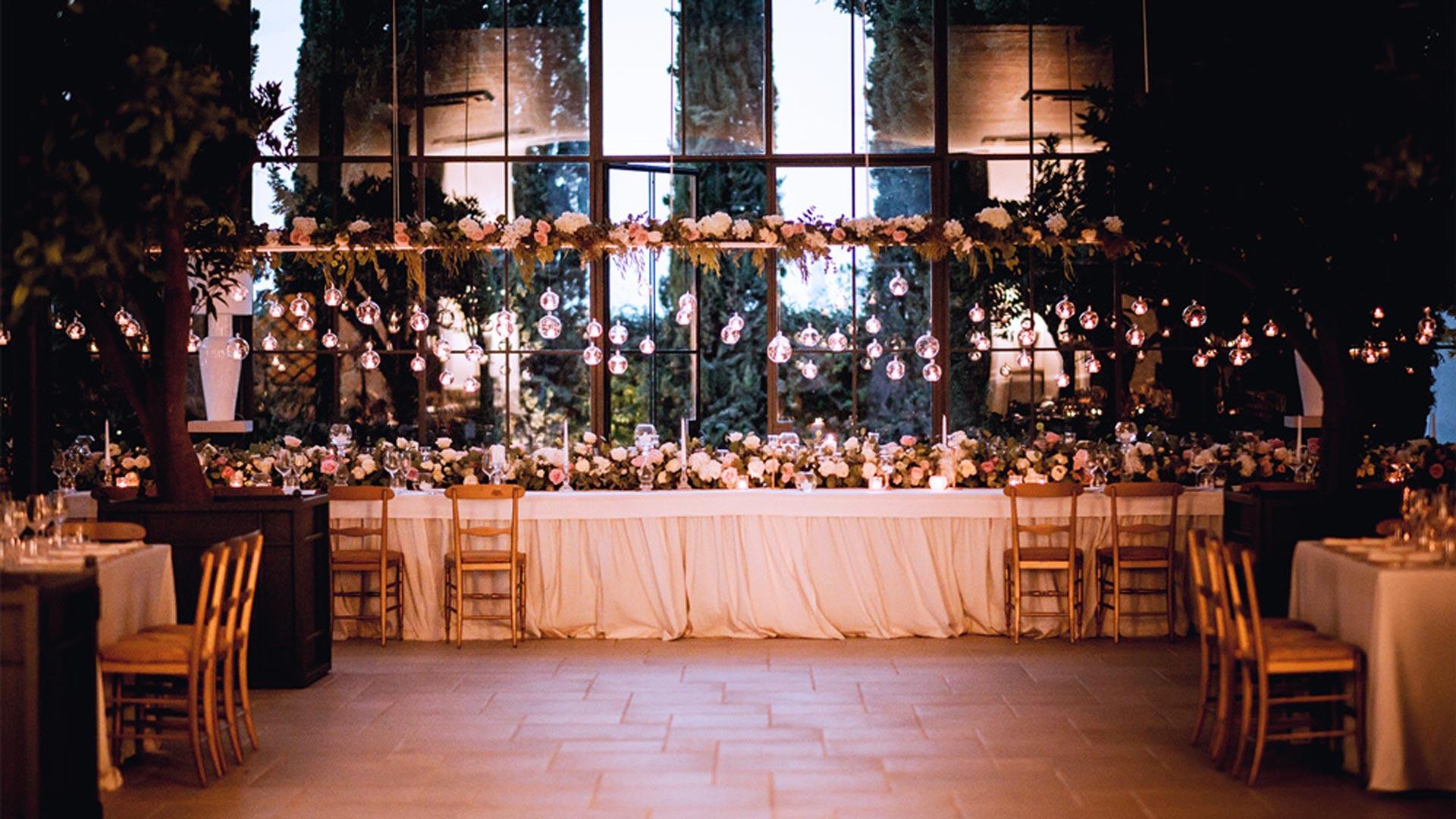 matrimonio autunnale allestimento floreale tavolata